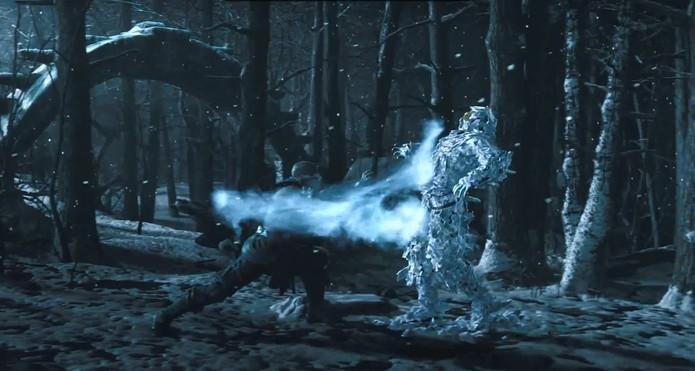 Em Mortal Kombat X, Sub-Zero aplica golpe em gráficos que impressionam.