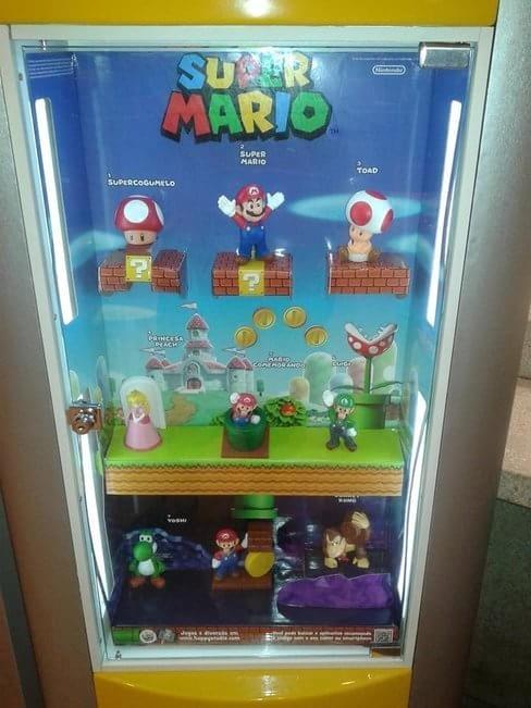 A partir de 12 de novmenbro, personagens de Super Mario World farão a alegria da galera que comprar o Mc Lanche Feliz.